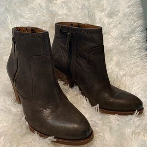 """Lucky Brand 9 1/2 Brown Ankle Bootie w/3"""" Heel"""